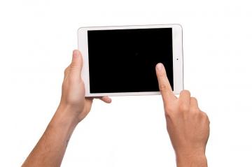tablet-1075789_640